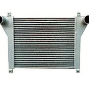 工程汽车散热器的主要作用
